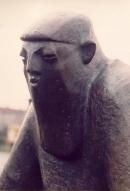 f-1982-sitzende-rubezahlfigur-goslar-4.jpg